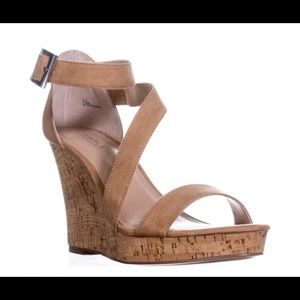 New-Charles David Leanna Wedge Sandals-Nude